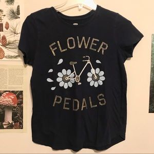 Flower Pedals 🚲 tee